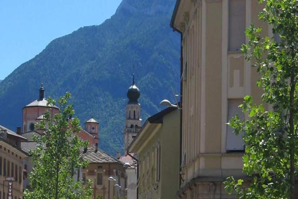 A stroll in the historical city centre of Levico Terme